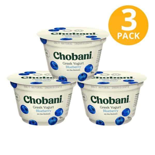 Chobani Blueberry on the Bottom, Greek Yogurt Non-Fat, 5.3 OZ (Pack de 3)